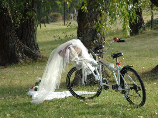 Tandem – niebanalny prezent ślubny